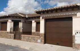 puertas de cocheras automaticas instalaci祿n puerta de garaje automatica en toledo matic port