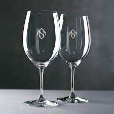 wine glass with initials monogrammed riedel vinum cabernet merlot bordeaux wine glasses