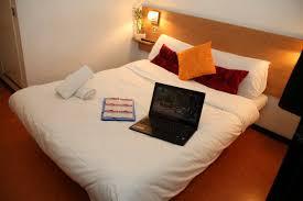 chambre d hotel au mois réserver une chambre d hôtel pour un mois à barentin proche de rouen