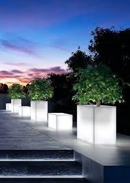 Portfolio Landscape Lighting by Best 25 Contemporary Landscape Lighting Ideas On Pinterest