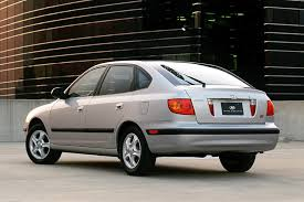2002 hyundai elantra review 2002 hyundai elantra overview cars com
