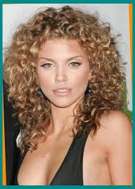 how to get soft curls in medium length hair permanent curls for medium length hair