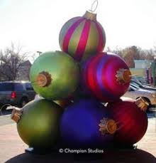 Christmas Decorations For Commercial Buildings by Mall Christmas Decor Christmas Decorations At Shopping Mall