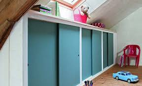 comment faire un placard dans une chambre poser une porte de placard guide porte de placard 2 guides placards