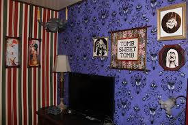 at home imagineering haunted mansion inspired bedroom is a disney