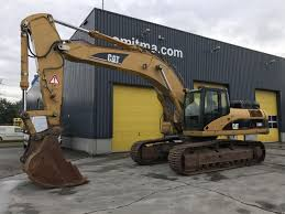 excavator on tracks caterpillar 330d l smitma