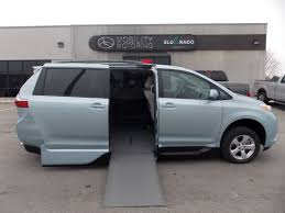 2015 toyota sienna le vmi in floor conversion mobility motoring