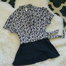 White Blouse With Black Bow 72 Off Anthropologie Tops Girls From Savoy Black And White