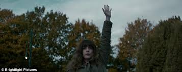 Anne Hathaway Sex Havoc - anne hathaway realizes she controls monster in colossal daily