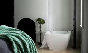 Outdoor Bathrooms Australia The Upstart Victorian B U0026b Australia Edition Remodelista
