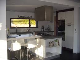 Cuisine Contemporaine Avec Ilot Central by Indogate Com Maison Moderne Dessin