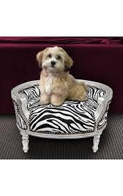canapé lit pour chien canapé lit pour chien ou baroque tissu zèbre et bois argent