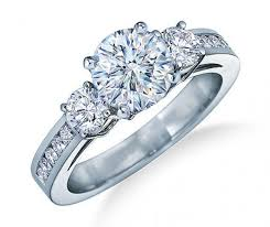 Difference Between Engagement Ring And Wedding Band by The Difference Between An Engagement Ring And A Wedding Ring All