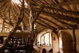 hobbit home interior he built a real hobbit house with only 5 000 the inside is amazing