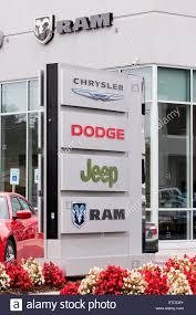 dealership usa car brand sings at auto dealership usa stock photo royalty free
