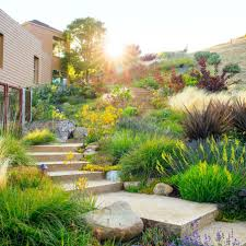 small front yard design with stairs and flowers and grass