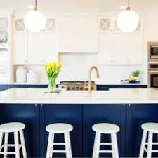 Photos HGTV - Blue kitchen cabinets