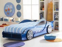 deco chambre voiture tendance deco chambre adulte 11 le lit voiture pour la chambre