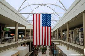 Galleria Mall Open On Thanksgiving Cross Border Shopping Tips For Canadians