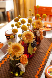floral arrangements for thanksgiving table how to spruce up the kids table this thanksgiving