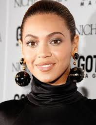 beyonce earrings chic chanel wearing getting the look with vintage