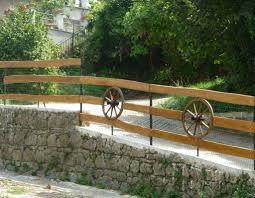 ringhiera in legno per giardino arredamento giardino recinzioni e ringhiere