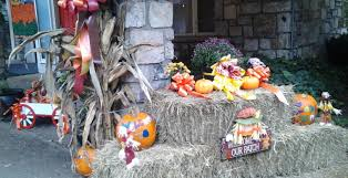 Fall Hay Decorations - zoder u0027s inn wins first prize in harvest festival décor zoders