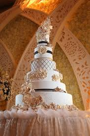 wedding cake surabaya harga elly s cake boutique cakes vendor in surabaya the dept