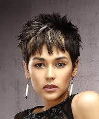 razor cut hairstyle with spiky on top short straight casual pixie hairstyle with razor cut bangs dark