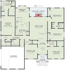 split bedroom floor plan classic split bedroom design 59174nd architectural designs