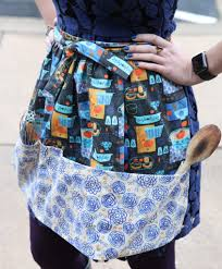 how to sew a retro style half apron spoonflower blog