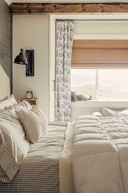 Curtains For Bedroom Windows With Designs by Best 25 Bedroom Blinds Ideas On Pinterest Neutral Bedroom