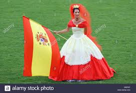 the spanish ball gown of fashion designer offenborn is presented