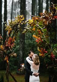 wedding arch leaves 27 fall wedding arches that will make you say i do weddingomania