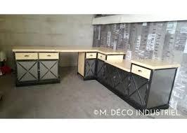 cuisine chaude table cuisine industrielle table indus plateau bois pied metal noldy