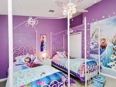 chambre de reine déco chambre enfant sur le thème de la reine des neiges poster