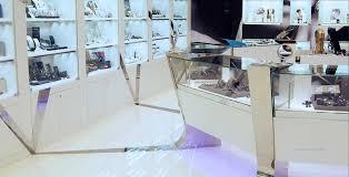 arredo gioiellerie progettazione e realizzazione arredamenti per negozi di