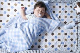 tips for buying crib bedding for a baby nursery