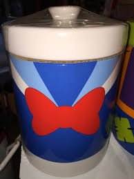 disney parks signature donald duck kitchen canister cookie jar ceramic