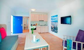 looking for 1 bedroom apartment standard one bedroom apartment