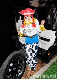 gwen stefani wears toy story jessie cowgirl costume