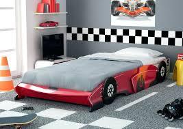 deco chambre enfant voiture deco chambre enfant voiture lit voiture decoration chambre