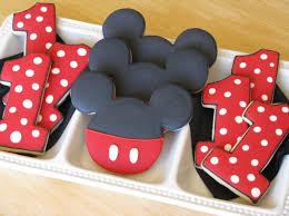 mickey mouse 1st birthday best 25 mickey mouse 1st birthday ideas on minnie