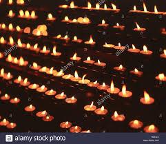 how long do tea lights burn how long do tea light candles burn best candle 2018