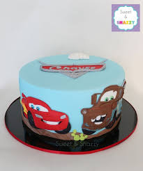 lightning mcqueen cakes 10 mcqueen car cakes photo cars lightning mcqueen birthday cake