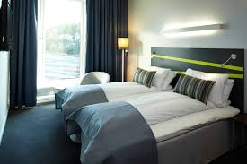 Twin Bedroom Hotel Thon Hotel Ullevaal Stadion Standard Twin Bedding Around The