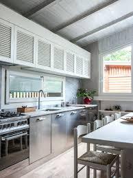 taille moyenne cuisine meuble cuisine persienne amacnagement dune cuisine amacricaine
