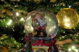 Christmas Yard Decorations Snow Globe by Foap Com Christmas Snow Globe Ball Decorating Christmas Dome