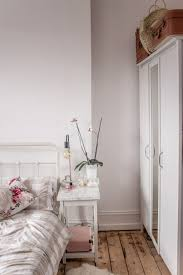 minimal room lifestyle styling our new bedroom raspberry kitsch