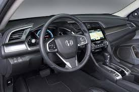 honda civic or hyundai elantra 2017 hyundai elantra vs 2016 honda civic which is better